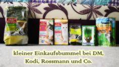 Heute zeigt euch mein Mann, was wir in verschiedenen Läden für unsere kleinen gekauft haben. Wir hoffen wie immer Ihr habt viel Spaß mit dem Video und vielleicht findet Ihr ja etwas, das Ihr euren Tieren zukommen lassen wollt (^.^)  Zum Kanal:  https://www.youtube.com/user/kaninchenfanlucky/  abonniert mich:  http://www.youtube.com/subscription_center?add_user=kaninchenfanlucky  #kaninchen #katzen #hasen #dm #rossmann #kodi #youtube