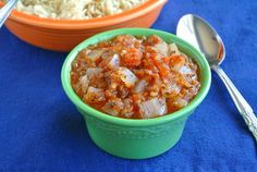 The Best Chunky Tomato Salsa Recipe - Vegan in the Freezer ... for when my garden yields tomatoes!