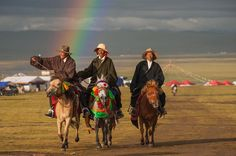 Photo by Sony Artisan @yamashitaphoto // These are Kham cowboys arriving at the Nakchu Horse Festival at full gallop under a bright rainbow. These cowboys are nomad horsemen that compete in events, show off their riding skills, and just look cool in stetsons, chupas and boots.  #sponsored #798ArtDistrict, #Beijing, China. #Kham #cowboys #festival #rainbow #nomad #Tibet #China #shangrila #TeaHorseRoad #exhibition #gallery #photographyexhibition #798artzone #798 @natgeo @natgeocreative…