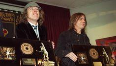 La muerte del antihéroe Malcolm: qué será ahora de AC/DC sin el jefe?