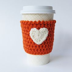 Intimate design to protect you from hot drinks. Drink a daily drink, but hold a special unique wrap. Reading a book you love and enjoy a cozy shining time. #gifts #for #her