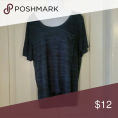 NWT Old Navy heathered top Size XS, never worn. Perfect condition. Old Navy Tops Blouses