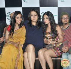 New Bengali Film Kolkata Calling Stars Raima, Riya and Moon Moon Sen Meet the Press : http://sholoanabangaliana.in/blog/2014/02/22/new-bengali-film-kolkata-calling-stars-raima-riya-and-moon-moon-meet-the-press/#ixzz2u1x83ZIb