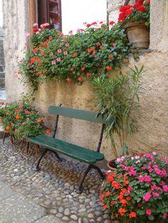https://flic.kr/p/nTSLMa | Auf in den Süden | Orta San Giulio ist eine Gemeinde mit 1155 Einwohnern in der italienischen Provinz Novara, Region Piemont.