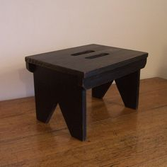 Farmhouse Primitive Step Stool Cut Out Handles Shaker by Sawdusty