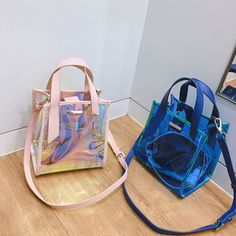 Fashion Handbags, Purses And Handbags, Fashion Bags, Street Style Outfits, Disney Handbags, Summer Tote Bags, Cute Backpacks, Clear Bags, Cute Bags