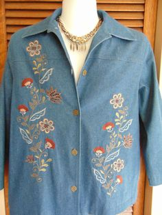 Alfred Dunner Womens Lined Jean Jacket Blue Denim Embroidered Beaded Sz 12 EUC!