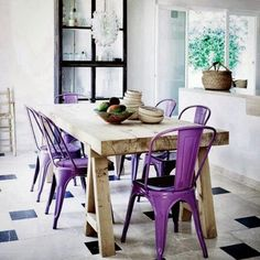 Who else's favourite colour is #PURPLE ?? Loving the variation in #materials and #contrast... #interiordesign #decoration #style #instadaily #instagood #prettyinpurple