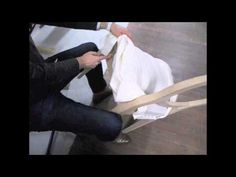 22-La mise en blanc - BAC PROFESSIONNEL TAPISSERIE BOULLE LPMA Ecole Boulle, Chair Covers, Carpentry, Furniture Makeover, Youtube, Traditional, Chairs, Home Interiors, Diy