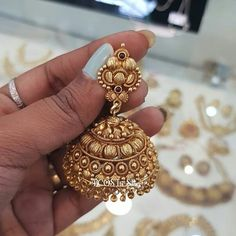 Silver Necklace With Circle Gold Jhumka Earrings, Gold Earrings Designs, Necklace Designs, 1 Gram Gold Jewellery, Gold Jewellery Design, Gold Jewelry Simple, Stylish Jewelry, Antique Jewellery Designs, Sterling Silver Jewelry