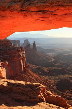 ✮ Mesa Arch Sunrise in Canyonlands National park