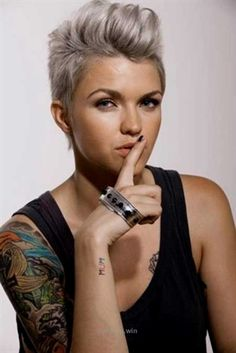 Grey hair or pixie cut? In this post you will find the best images of Pixie Haircut for Gray Hair that you will love! Hair trends come and. Pixie Hairstyles, Short Hairstyles For Women, Celebrity Hairstyles, Cool Hairstyles, Pixie Haircuts, Faux Hawk Hairstyles, Female Hairstyles, Fashion Hairstyles, Casual Hairstyles