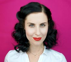 VIDEO: How To Pin Curl Your Hair Like 'Agent Carter' #xoVain