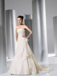 DEMETRIOS 3138 from BridalGown.NET $1,277