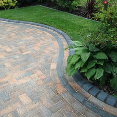Marshalls Driveline 50 Burnt Ochre colour installed in Liverpool by Abel Landscapes www.abellandscape...