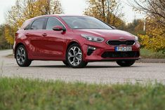Totalcar - Tesztek - Kia Ceed 1.4T GDI - 2018. Car Drawings, Bmw, Cars, Cool Cars, Drawings Of Cars