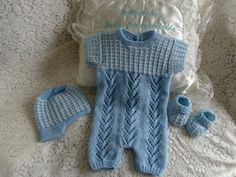 Baby & Reborn Doll Knitting Patterns A large selection of my own design knitting patterns suitable for premature babies, newborn babies and babies up to 6 months of age. All of my patterns are suitable for reborn dolls. Designer Knitting Patterns, Baby Boy Knitting Patterns, Summer Romper, Summer Boy, Pattern Design, Free Pattern, Romper Pattern, Baby Makes, Baby Cardigan