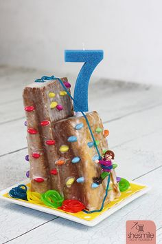 appetizers and desserts christmas;s – Kuchen-Rezepte Cookies Roses, Rock Climbing Cake, Toddler Snacks, Food Humor, Cooking With Kids, Cake Tutorial, Macaron, Creative Food, Kids Meals