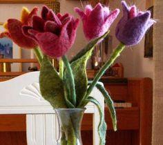 felted tulips ....und die dann als Schlüsselanhänger