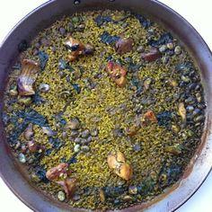 Paella de conill, espinacs, carxofa i faves #2