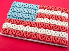 4th of July white chocolate covered pretzels
