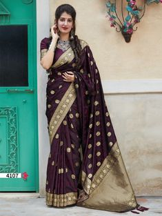 latest branded saree | ₹3,550.00 | Visit Now : www.grabandpack.com | Contact us/ Whats app us on +919898133588, +917990485004 | Ship to All major Counties Like USA , Maurtius , Malaysia , Saudi Arabia , West Indies , Australia , Bangladesh , South Africa ,U.K , Canada ,Singapore , UAE etc. To Buy this Beautiful saree At Best Price | Design : RC004