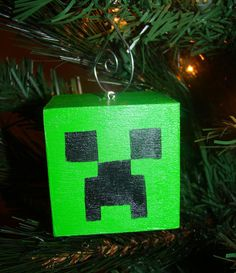 Minecraft Creeper Christmas Tree Ornament by The Best Of Christmas, 25 Days Of Christmas, Christmas Ornaments To Make, Christmas Projects, Holiday Crafts, Christmas Bulbs, Christmas Stuff, Minecraft Gifts, Minecraft Christmas