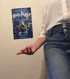 #harrypotter #harrypotterandthephilosophersstone #jkrowling #harrypottereapedrafilosofal #hogwarts #hogwartsexpress #hogwartsletter #hogwartshouses #hufflepuff #hufflepuffpride💛 #bookstagramportugal #book #booklover #bookaholic #bookaesthetic #bookaddict #bookphotography Harry Potter, Hufflepuff Pride, Hogwarts Letter, Book Aesthetic, Hogwarts Houses, Book Photography, Bookstagram, Book Lovers, Posts
