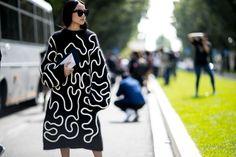 Milan Fashion Week Street Style | Spring 2017 Day 3 – The Impression