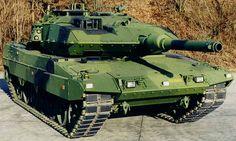 STRV 2000