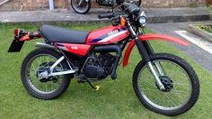 Dt Yamaha, Motos Yamaha, Yamaha Motorcycles, Old Bikes, Dirt Bikes, Enduro Motorcycle, Classic Bikes, Vintage Bikes, Vintage Racing