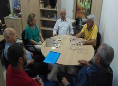 Uemg firma parceria com o SinRural http://www.passosmgonline.com/index.php/2014-01-22-23-07-47/geral/10439-uemg-firma-parceria-com-o-sinrural