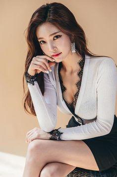 Park Jung Yoon - April 04 2017 2nd Set