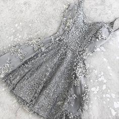 sliver prom dresses, short prom dresses, applique homecoming dresses #SIMIBridal #Promdresses