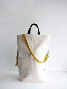 chester wallace bags Kapsička s překlopkou Tote Bags, My Bags, Backpack Bags, Leather Backpack, Purses And Bags, Pouch Bag, Mochila Jeans, Fabric Bags, Beautiful Bags