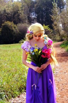 Love this pose I did at the photo shoot Princess Rapunzel, Princess Party, Tangled Party, Pixie, Photoshoot, Poses, Fashion, Figure Poses, Moda