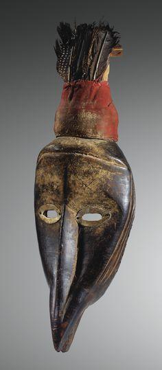 MASQUE, DAN SEPTENTRIONAUX, CÔTE D'IVOIRE NORTHERN DAN MASK, IVORY COAST haut. 47 cm