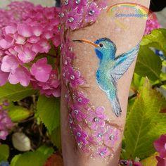 Little Hummingbird painted by Schminkkoppies