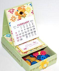 PinkBlingCrafter: ************Easel Calendar**********