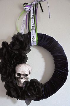 Skull Wreath--for OMS front door?