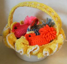 Vintage Crocheted Easter Basket -these are easy and fun to make.