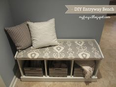 Chad and Elana Frey: DIY Entryway Bench