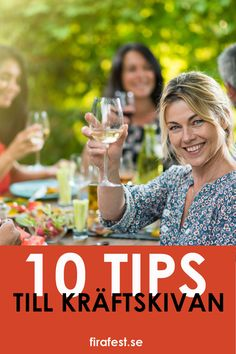 10 tips till kräftskivan - Fira fest Wedding Lounge, Tent Wedding, Crawfish Party, Swedish Girls, Wedding Gowns With Sleeves, Holiday Festival, Food Pictures, Wedding Invitations, Invites