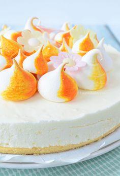 No bake lemon meringue cheesecake - Oetker meringue citroen kwarktaart - Laura's Bakery Meringue Recept, Lemon Meringue Cheesecake, Cheesecake Bars, Baking Recipes, Cookie Recipes, Coffee Cake, Cake Cookies, Cupcakes, Yummy Cakes