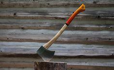 Sweet looking base camp axe.