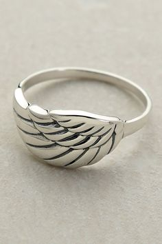 angle wing ring