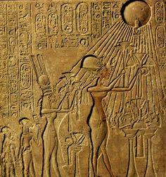 Resultado de imagem para faraó akhenaton
