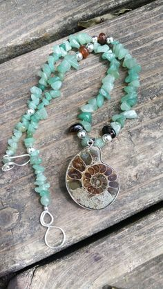 Ammonite in aventurine Ammonite, Wire Jewelry, Turquoise Necklace, My Arts, River, Sculpture, Stone, Beautiful, Design