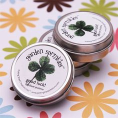 clover seeds- wedding favor love this especially if it is for an irish family wedding!