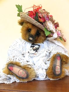 Under A Paris Moon – Portobello Bear Company – OOAK – Year 2006